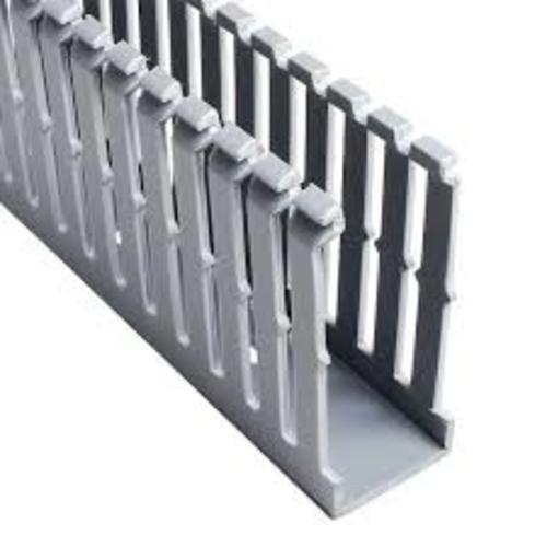 PANDUIT Conducto ranurado estrecho, PVC, 1 X 3 X 6 ' - F1X3LG6